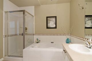 """Photo 13: 63 1550 LARKHALL Crescent in North Vancouver: Northlands Townhouse for sale in """"NAHNEE WOODS"""" : MLS®# R2025165"""