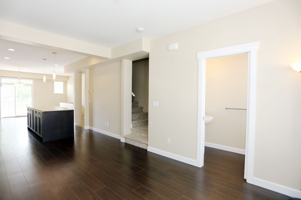 """Photo 11: Photos: 44 7059 210 Street in Langley: Willoughby Heights Townhouse for sale in """"Alder"""" : MLS®# R2263241"""