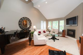 Photo 6: 14490 16A Avenue in South Surrey: Home for sale : MLS®# F1015769