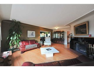 Photo 4: 402 E 29TH Street in North Vancouver: Upper Lonsdale House for sale : MLS®# V1102842