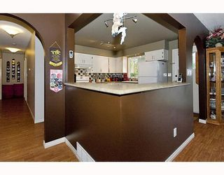 Photo 5: 850 PINEMONT Avenue in Port_Coquitlam: Lincoln Park PQ House for sale (Port Coquitlam)  : MLS®# V767756