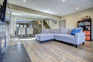 Photo 3: 2 465 12 Street NW in Calgary: Hillhurst Row/Townhouse for sale : MLS®# A1103465