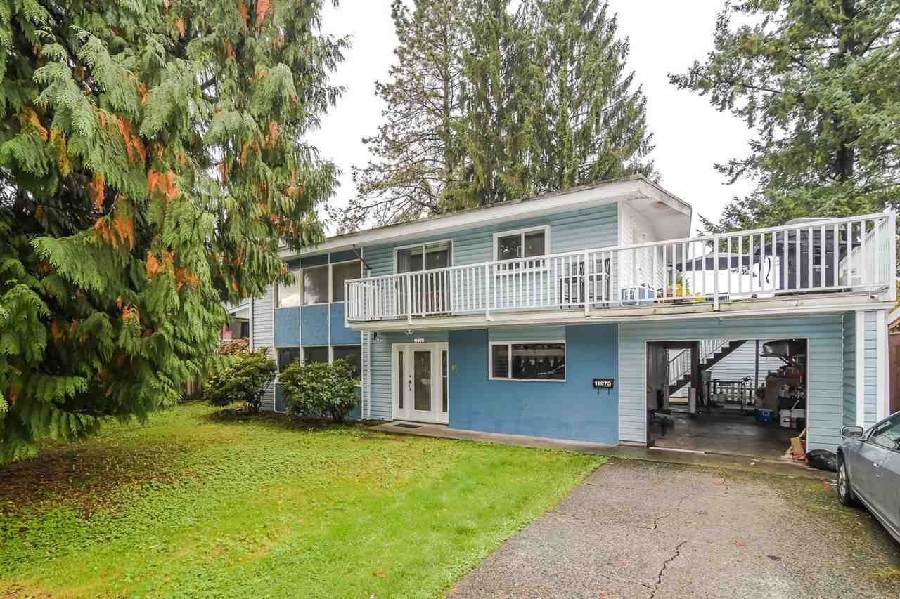 Main Photo: 11975 ACADIA Street in Maple Ridge: West Central House for sale : MLS®# R2415275