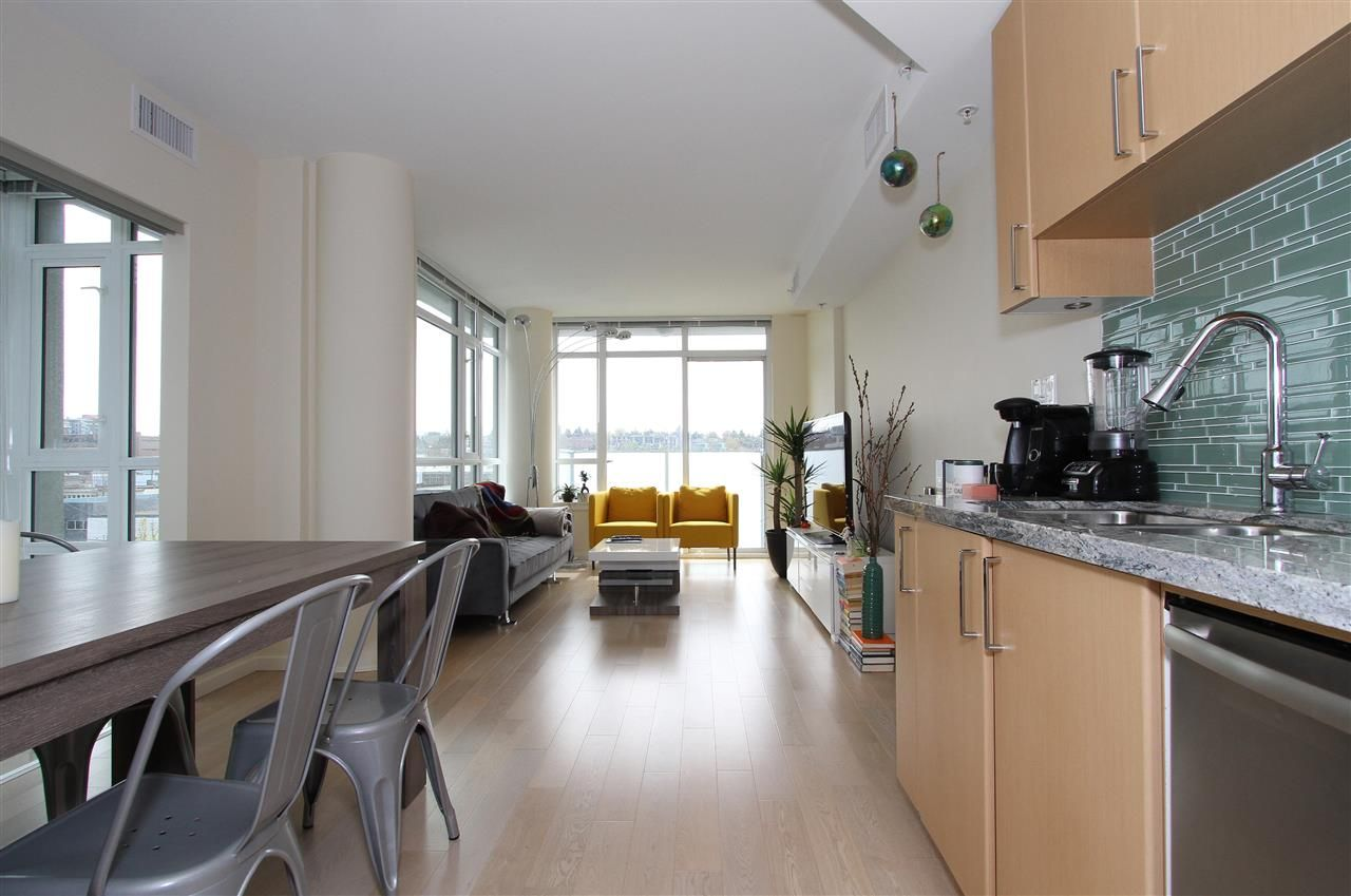 Main Photo: 701 89 W 2ND Avenue in Vancouver: False Creek Condo for sale (Vancouver West)  : MLS®# R2056301
