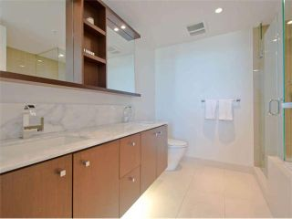 """Photo 14: 2105 1028 BARCLAY Street in Vancouver: West End VW Condo for sale in """"THE PATINA"""" (Vancouver West)  : MLS®# V1046189"""