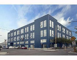 """Photo 1: 201 1220 E PENDER Street in Vancouver: Mount Pleasant VE Condo for sale in """"The Workshop"""" (Vancouver East)  : MLS®# V768292"""