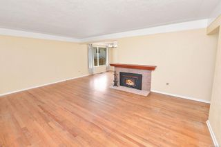 Photo 10: 2520 Forbes St in : Vi Oaklands House for sale (Victoria)  : MLS®# 880118