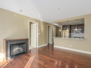 """Photo 4: 306 2959 GLEN Drive in Coquitlam: North Coquitlam Condo for sale in """"THE PARC"""" : MLS®# R2111065"""