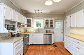 Photo 5: 978 Sand Pines Dr in : CV Comox Peninsula House for sale (Comox Valley)  : MLS®# 879484