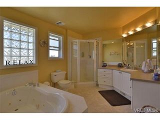 Photo 13: 2052 Haley Rae Pl in VICTORIA: La Thetis Heights House for sale (Langford)  : MLS®# 669697