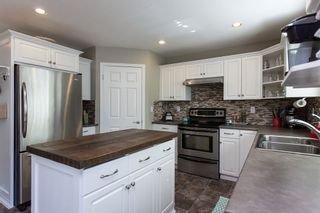"Photo 3: 9444 202B Street in Langley: Walnut Grove House for sale in ""Riverwynde"" : MLS®# R2182423"