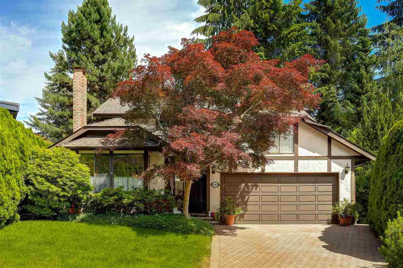 Main Photo: 1911 IRONWOOD COURT in Port Moody: Mountain Meadows House for sale : MLS®# R2077748