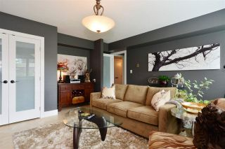 """Photo 15: 15701 GOGGS Avenue: White Rock House for sale in """"WHITE ROCK"""" (South Surrey White Rock)  : MLS®# R2178923"""