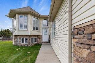 Photo 2: 109 Sierra Place: Olds Detached for sale : MLS®# A1113828