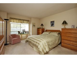 """Photo 11: 115 19649 53RD Avenue in Langley: Langley City Townhouse for sale in """"Huntsfield Green"""" : MLS®# F1406703"""