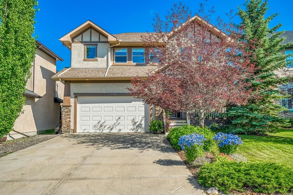Main Photo: 354 Discovery Ridge Way SW in Calgary: Discovery Ridge Detached for sale : MLS®# A1070690