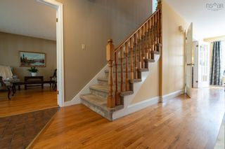 Photo 3: 38 Riverview Crescent in Bedford: 20-Bedford Residential for sale (Halifax-Dartmouth)  : MLS®# 202125879
