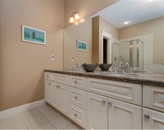 Photo 23: 356 SIGNATURE Court SW in Calgary: Signal Hill Semi Detached for sale : MLS®# C4220141