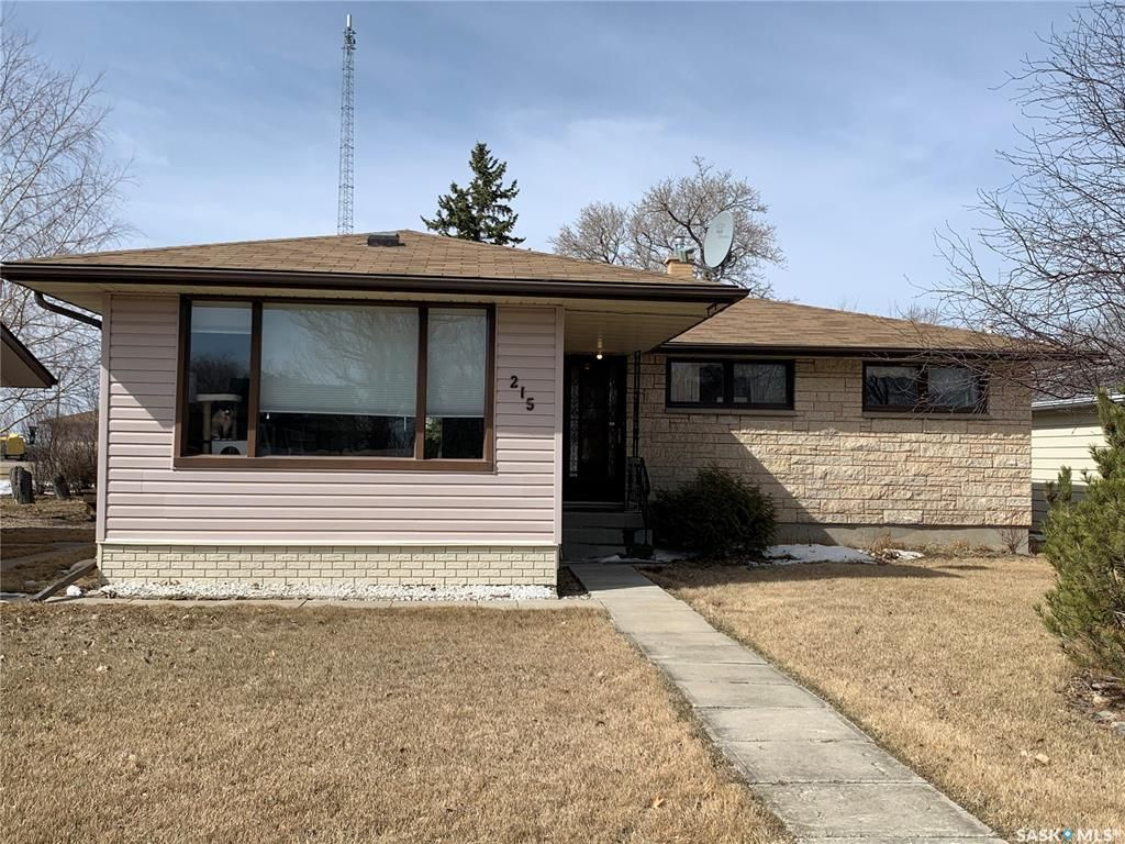 Main Photo: 215 First Street in Lang: Residential for sale : MLS®# SK842168