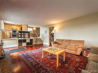 Photo 4: 599 Ridgegrove Ave in VICTORIA: SW Northridge House for sale (Saanich West)  : MLS®# 700992