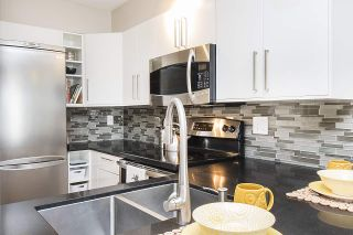"""Photo 7: 304 620 BLACKFORD Street in New Westminster: Uptown NW Condo for sale in """"DEERWOOD COURT"""" : MLS®# R2246699"""