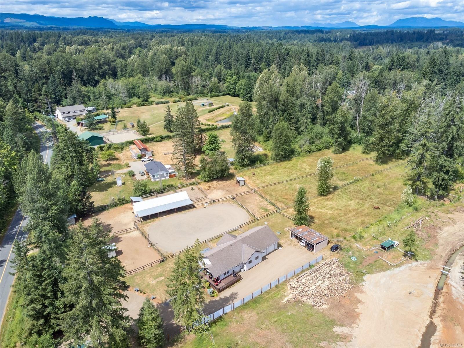 Photo 34: Photos: 3554 MacAulay Rd in : CV Merville Black Creek House for sale (Comox Valley)  : MLS®# 882696