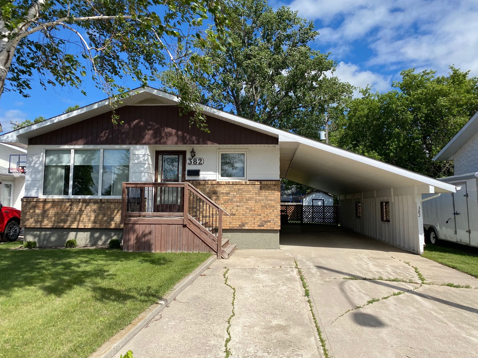 Main Photo: 382 10th Street NW in Portage la Prairie: House for sale : MLS®# 202109937