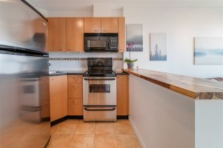 """Photo 13: 1609 1331 ALBERNI Street in Vancouver: West End VW Condo for sale in """"The Lions"""" (Vancouver West)  : MLS®# R2551404"""