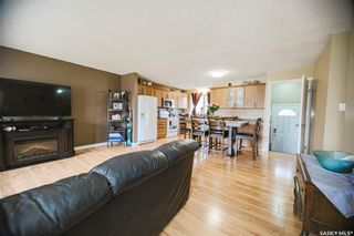 Photo 3: 118 Waterloo Crescent in Saskatoon: East College Park Residential for sale : MLS®# SK851891