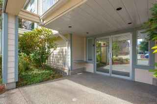 Photo 2: 104 273 Coronation Ave in : Du West Duncan Condo for sale (Duncan)  : MLS®# 854576