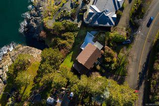 Photo 23: 987 Beach Dr in Oak Bay: OB South Oak Bay House for sale : MLS®# 838101