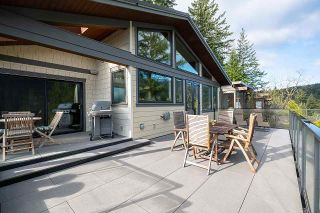 Photo 12: 4688 EASTRIDGE Road in North Vancouver: Deep Cove House for sale : MLS®# R2565563