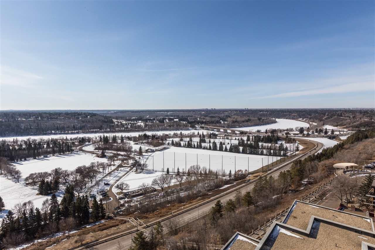Photo 13: Photos: 1703 11920 100 Avenue in Edmonton: Zone 12 Condo for sale : MLS®# E4233731