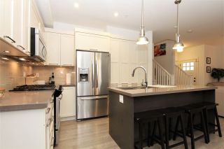 """Photo 2: 24 12161 237 Street in Maple Ridge: East Central Townhouse for sale in """"VILLAGE GREEN"""" : MLS®# R2235626"""
