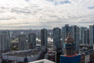 """Photo 17: 3208 128 W CORDOVA Street in Vancouver: Downtown VW Condo for sale in """"Woodwards (W43)"""" (Vancouver West)  : MLS®# R2538391"""