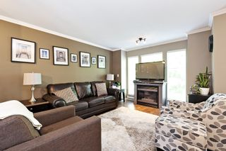 """Photo 3: 3 12188 HARRIS Road in Pitt Meadows: Central Meadows Townhouse for sale in """"Waterford Place"""" : MLS®# R2593269"""