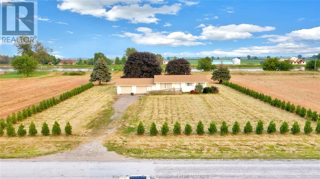 Main Photo: 5386 PAIN COURT LINE in Pain Court: Agriculture for sale : MLS®# 21012218