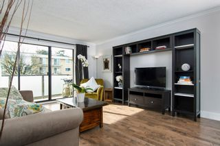 "Photo 4: 426 665 E 6TH Avenue in Vancouver: Mount Pleasant VE Condo for sale in ""McAllister House"" (Vancouver East)  : MLS®# R2140006"