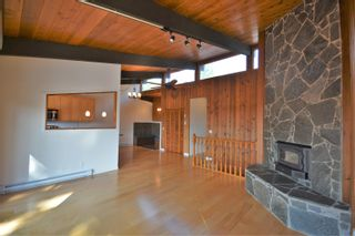 Photo 12: 13306 DELLER Road in Garden Bay: Pender Harbour Egmont House for sale (Sunshine Coast)  : MLS®# R2612077