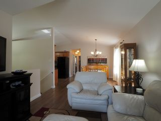 Photo 3: 50 1st Street SW in Portage la Prairie: House for sale : MLS®# 202105577