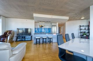 """Photo 16: 2310 128 W CORDOVA Street in Vancouver: Downtown VW Condo for sale in """"WOODWARD W43"""" (Vancouver West)  : MLS®# R2567403"""