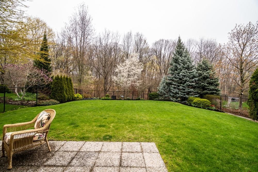 Photo 30: Photos: 1105 Westhaven Drive in Burlington: Residential for sale : MLS®# H4105053