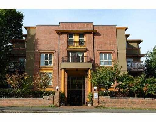 "Main Photo: 1B 2775 FIR Street in Vancouver: Fairview VW Condo for sale in ""STERLING COURT"" (Vancouver West)  : MLS®# V796291"