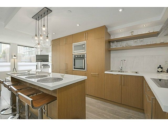 "Main Photo: 306 811 HELMCKEN Street in Vancouver: Downtown VW Condo for sale in ""Imperial Tower"" (Vancouver West)  : MLS®# V1057371"