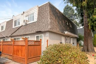 """Photo 1: 21 21555 DEWDNEY TRUNK Road in Maple Ridge: West Central Townhouse for sale in """"RICHMOND COURT"""" : MLS®# R2611894"""