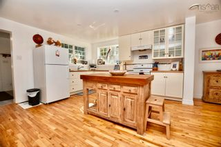 Photo 3: 5 Wright Lane in Wolfville: 404-Kings County Residential for sale (Annapolis Valley)  : MLS®# 202125731