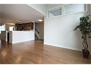 Photo 6: 213 1905 27 Avenue SW in Calgary: South Calgary House for sale : MLS®# C3649685