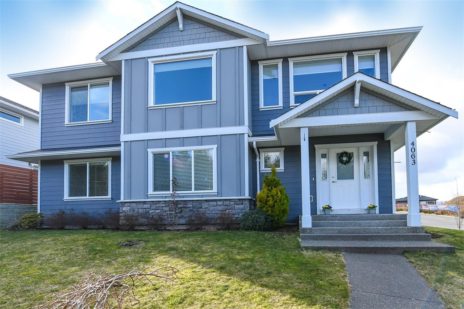 Main Photo: 4063 Buckstone Rd in : CV Courtenay City House for sale (Comox Valley)  : MLS®# 867068