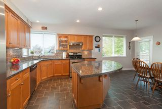 "Photo 2: 43 MAPLE Drive in Port Moody: Heritage Woods PM House for sale in ""AUGUST VIEWS"" : MLS®# R2382036"