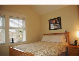 """Photo 6: 166 W 14TH Avenue in Vancouver: Mount Pleasant VW Townhouse for sale in """"HALLHAUS"""" (Vancouver West)  : MLS®# V811944"""